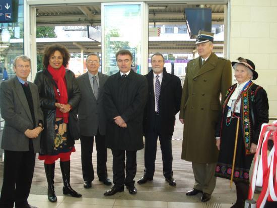 Commémoration arrivée à Angers du gouvernement polonais le 22 nov 1939 - 22/11/09
